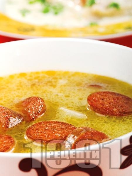 Калду Верде - португалска картофена супа с картофи, зеле и наденица - снимка на рецептата